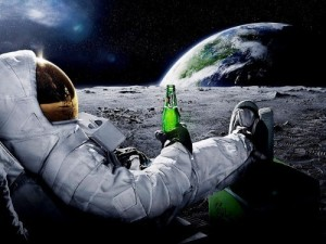 Astronaut Moon Cool Carlsberg Advertising 32x24 Print POSTER-J1912